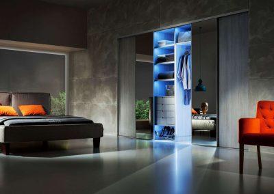 Nappali beépített szekrény tolóajtóval belső világítással