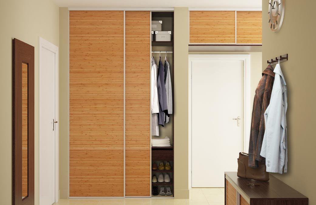 [BEMUTATÓ] – Ajtó melletti és feletti beépített szekrény az előszobában