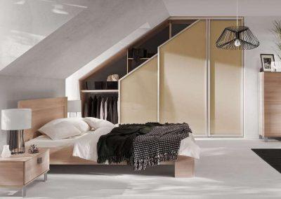 Tetőtéri beépített szekrény