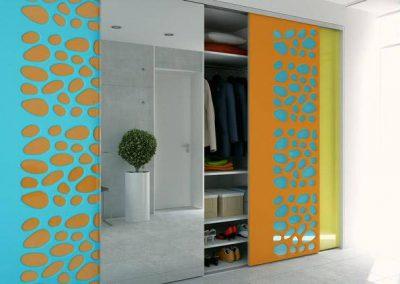 Gardróbszekrény a folyosón különleges mintával