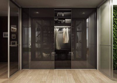 Modern tolóajtós szekrény a folyosóra üveggel