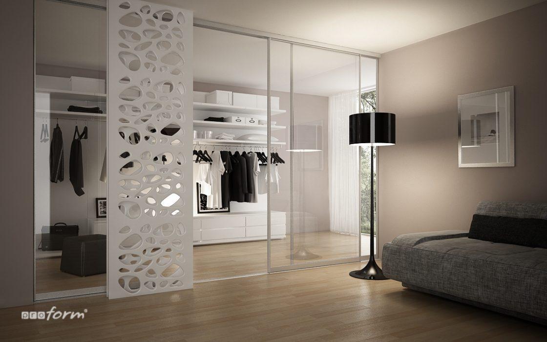 Klasszikus világos fehér szekrény